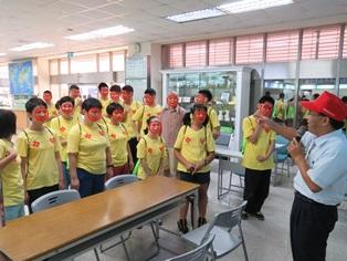 臺南郵局104年接待心智障礙的青年郵局體驗活動