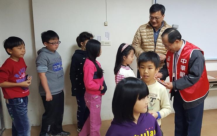 105年12月23日「2017金雞報喜迎新年」活動