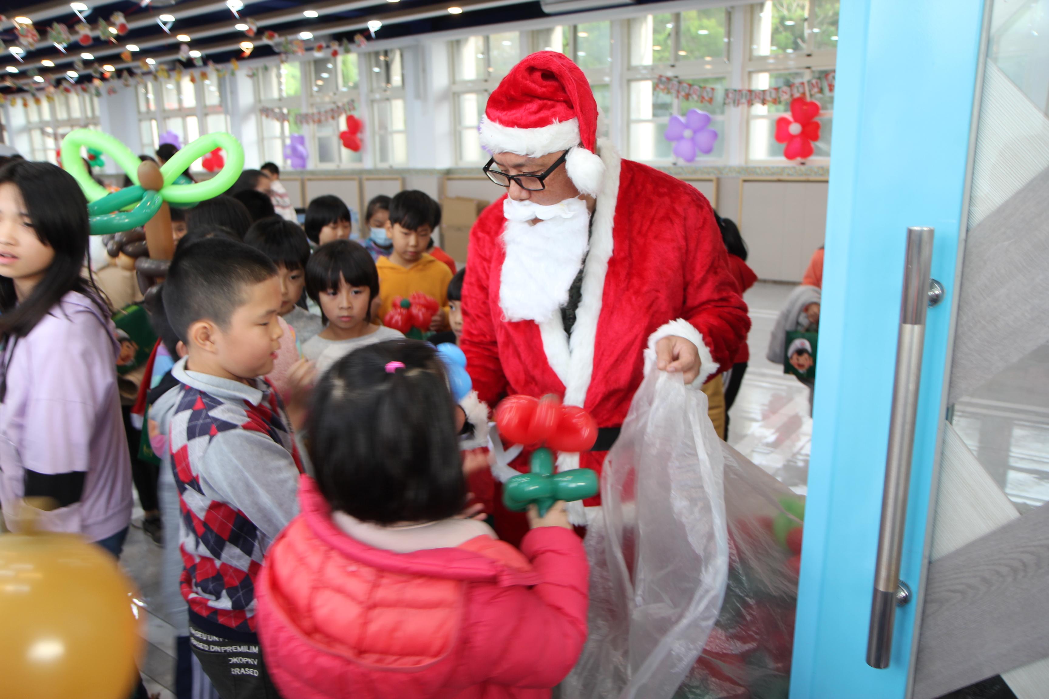 「溫馨耶誕 郵愛相伴」公益活動