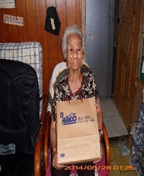 第一投遞科關懷獨居老人辦理情形
