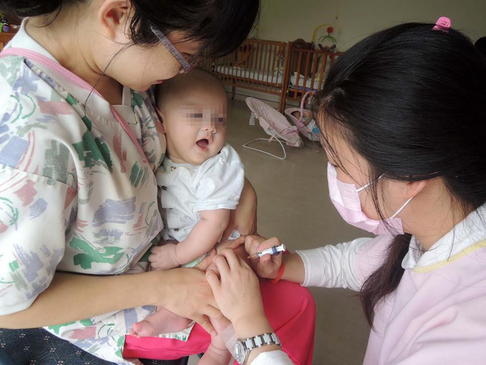 嬰幼兒照顧